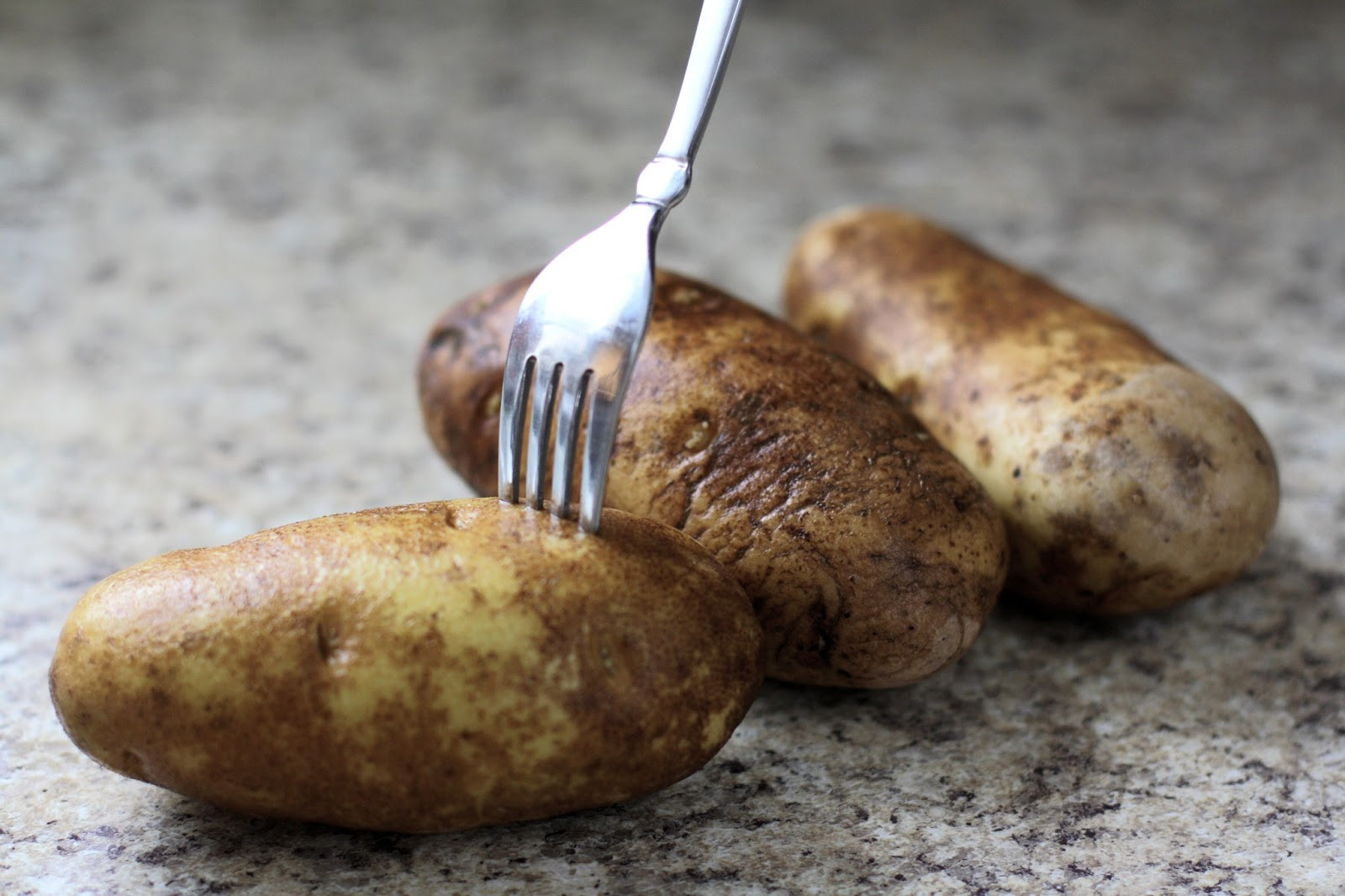 Baked Potato Alton Brown  BAKED POTATOES with BROCCOLI & AN AMAZING CHEESE SAUCE