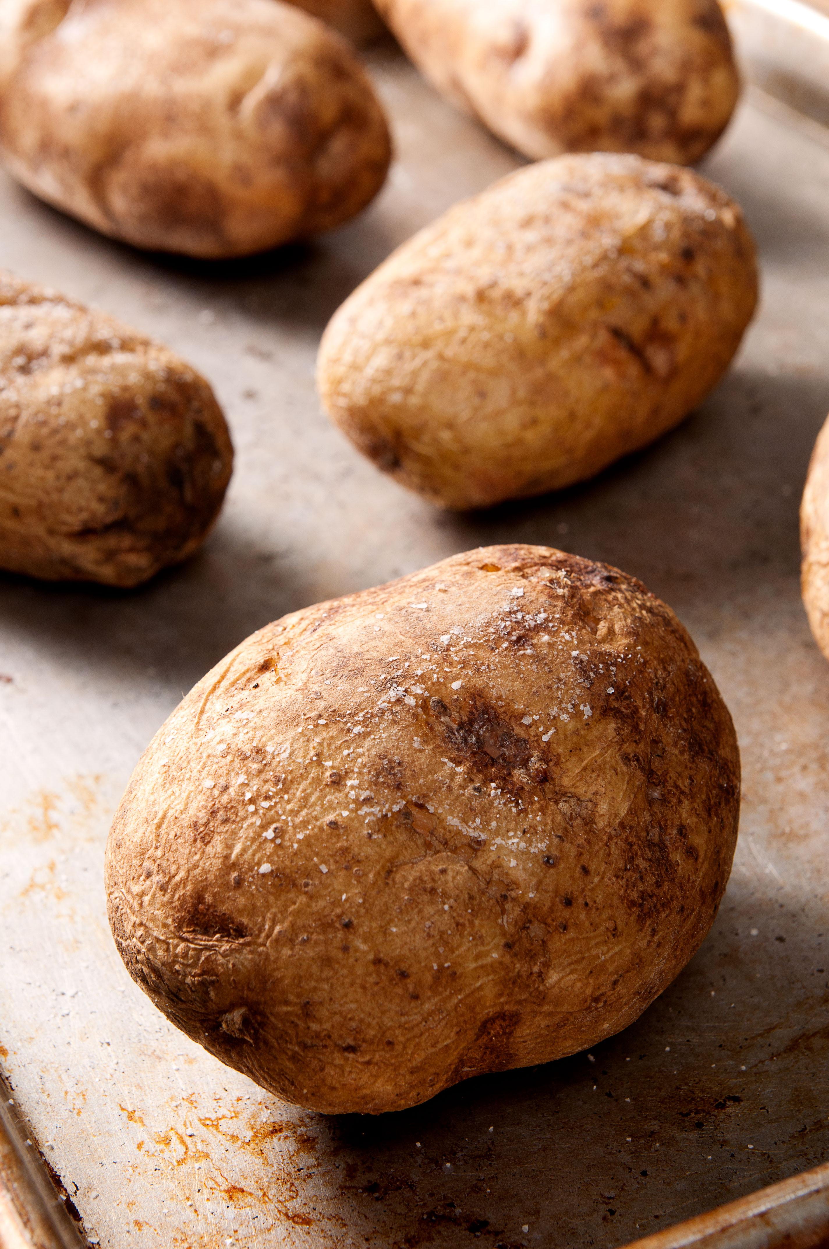 Baked Potato Alton Brown  Perfect Baked Potato & My Bus Adventures I bake he shoots