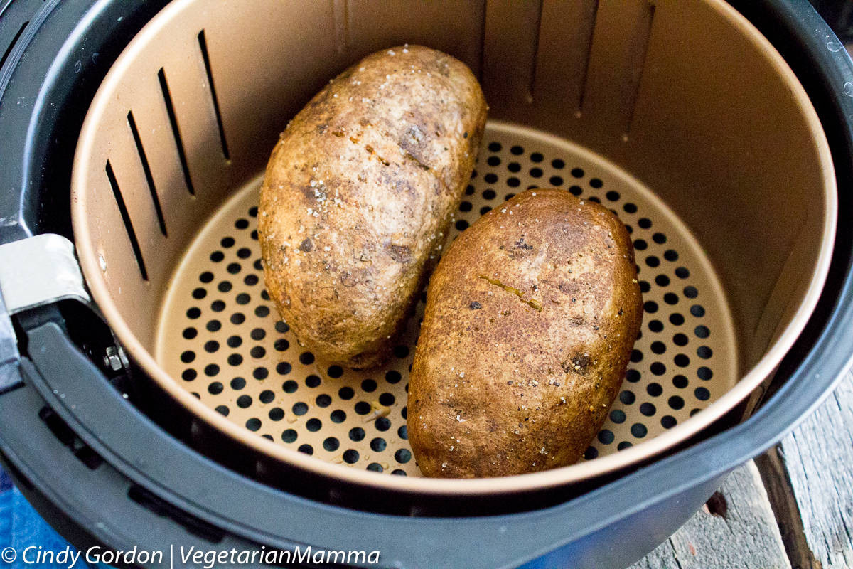 Baked Potato In Air Fryer  Air Fryer Baked Potatoes delicious and crispy