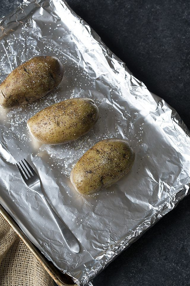 Baked Potato In Oven Wrapped In Foil  How to Make Baked Potatoes in the Oven Wrapped in Foil