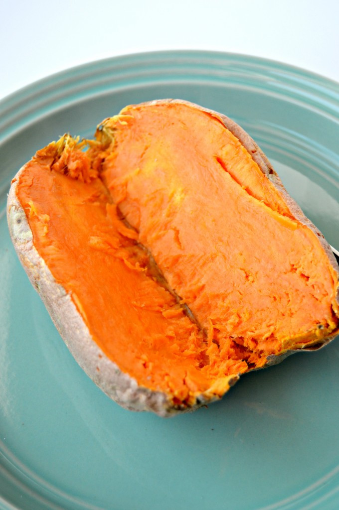 Baked Sweet Potato Microwave  How to Make a Baked Sweet Potato in the Microwave Clean