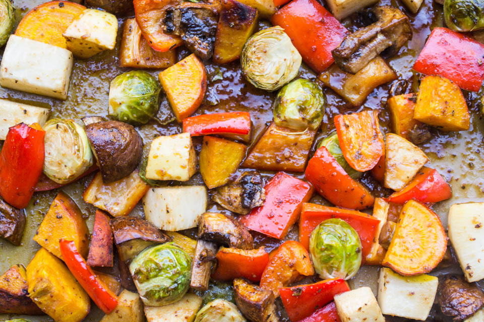 Balsamic Roasted Vegetables  Balsamic Roasted Ve ables theunprocessedhome