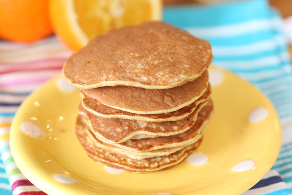 Banana And Egg Pancakes  For the Love of Eggs 10 Healthy Egg Recipes • Foo Fitness