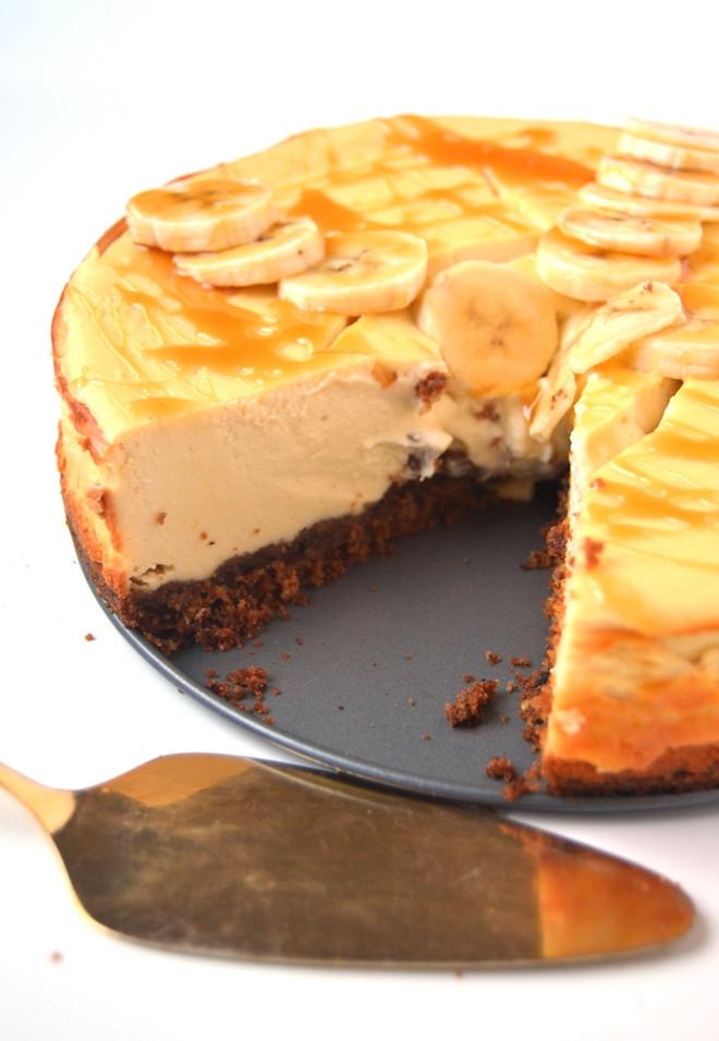 Banana Bread Cheesecake  Banana Bread Cheesecake