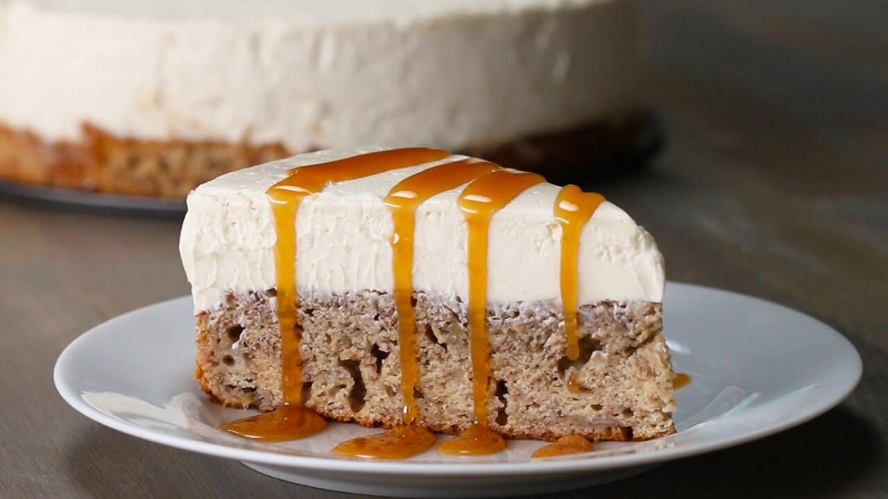 Banana Bread Cheesecake  Banana Bread Bottom Cheesecake Delight – Desserts Corner