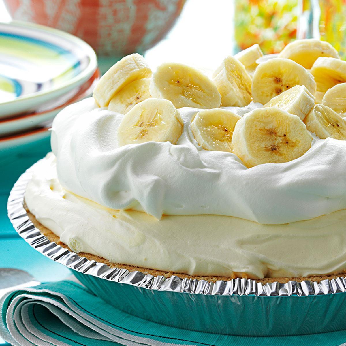 Banana Cream Pie  Old Fashioned Banana Cream Pie Recipe