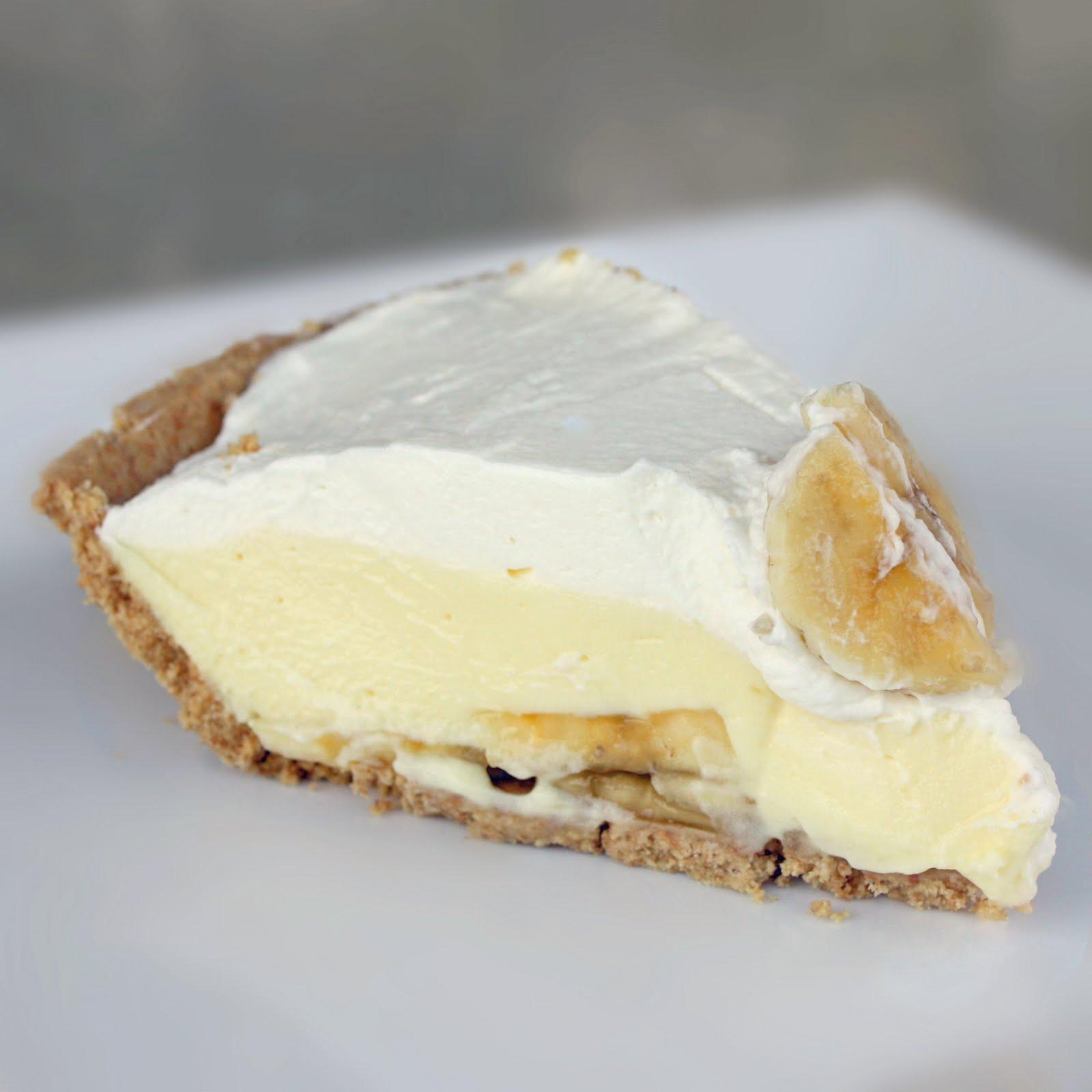 Banana Cream Pie  Banana Cream Pie the easy way The Girl Who Ate Everything