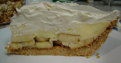 Banana Cream Pie Graham Cracker Crust  banana cream pie with graham cracker crumb crust