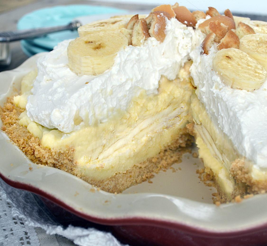 Banana Cream Pie  Old Fashioned Banana Cream Pie Just like Grandma s Gonna