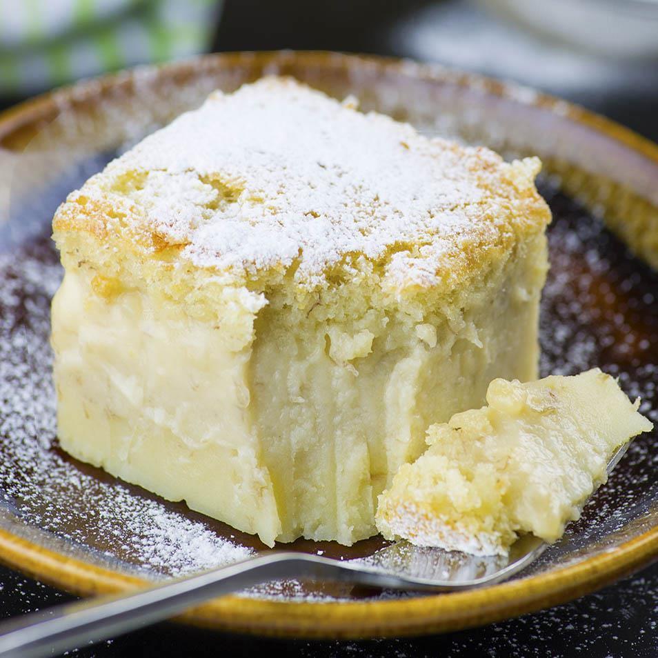 Banana Desserts Easy  Easy Banana Magic Cake