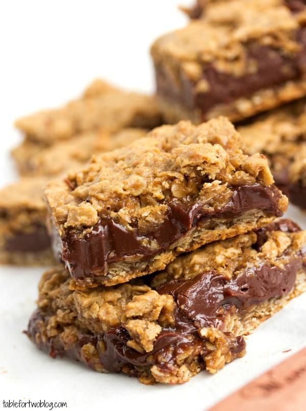 Bar Cookies Recipe  chocolate oatmeal cookie bars