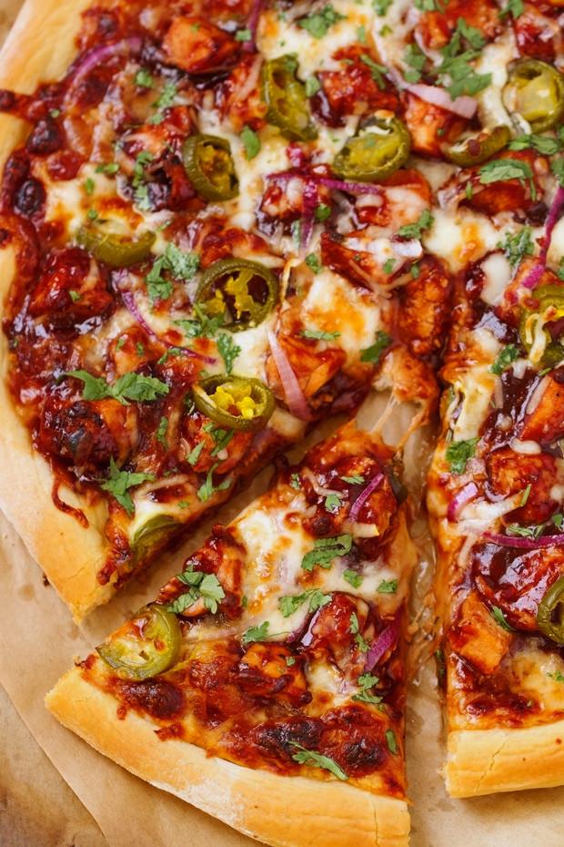 Barbeque Chicken Pizza  BBQ Chicken Pizza Recipe