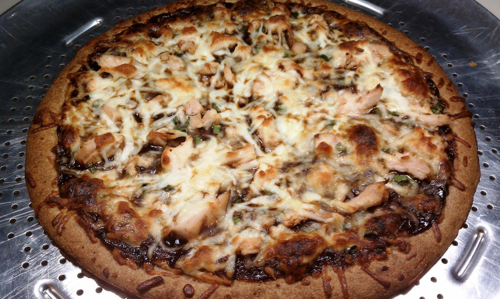 Barbeque Chicken Pizza  Barbecue Chicken Pizza Emily Bites