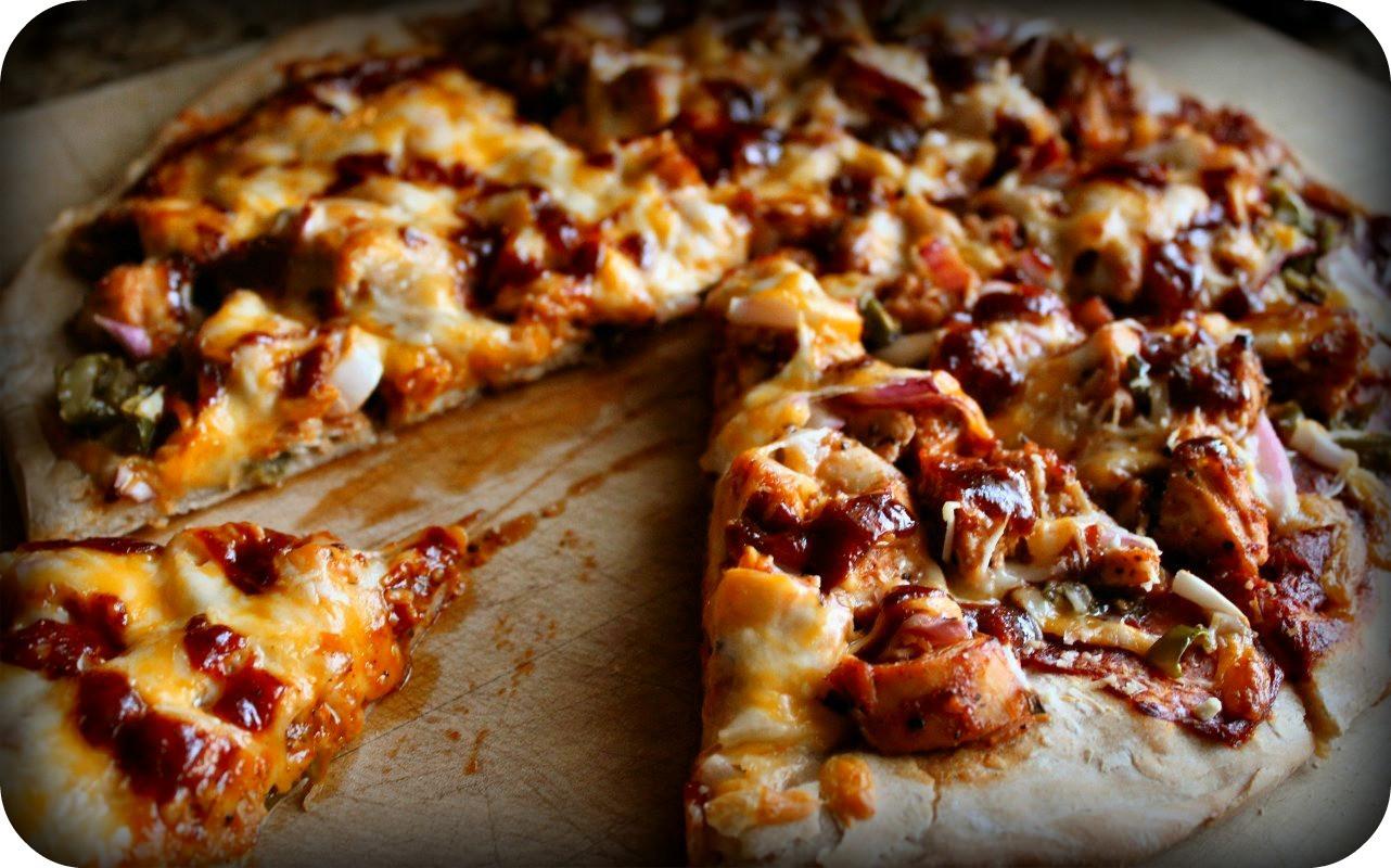 Bbq Chicken Pizza  BBQ chicken pizza