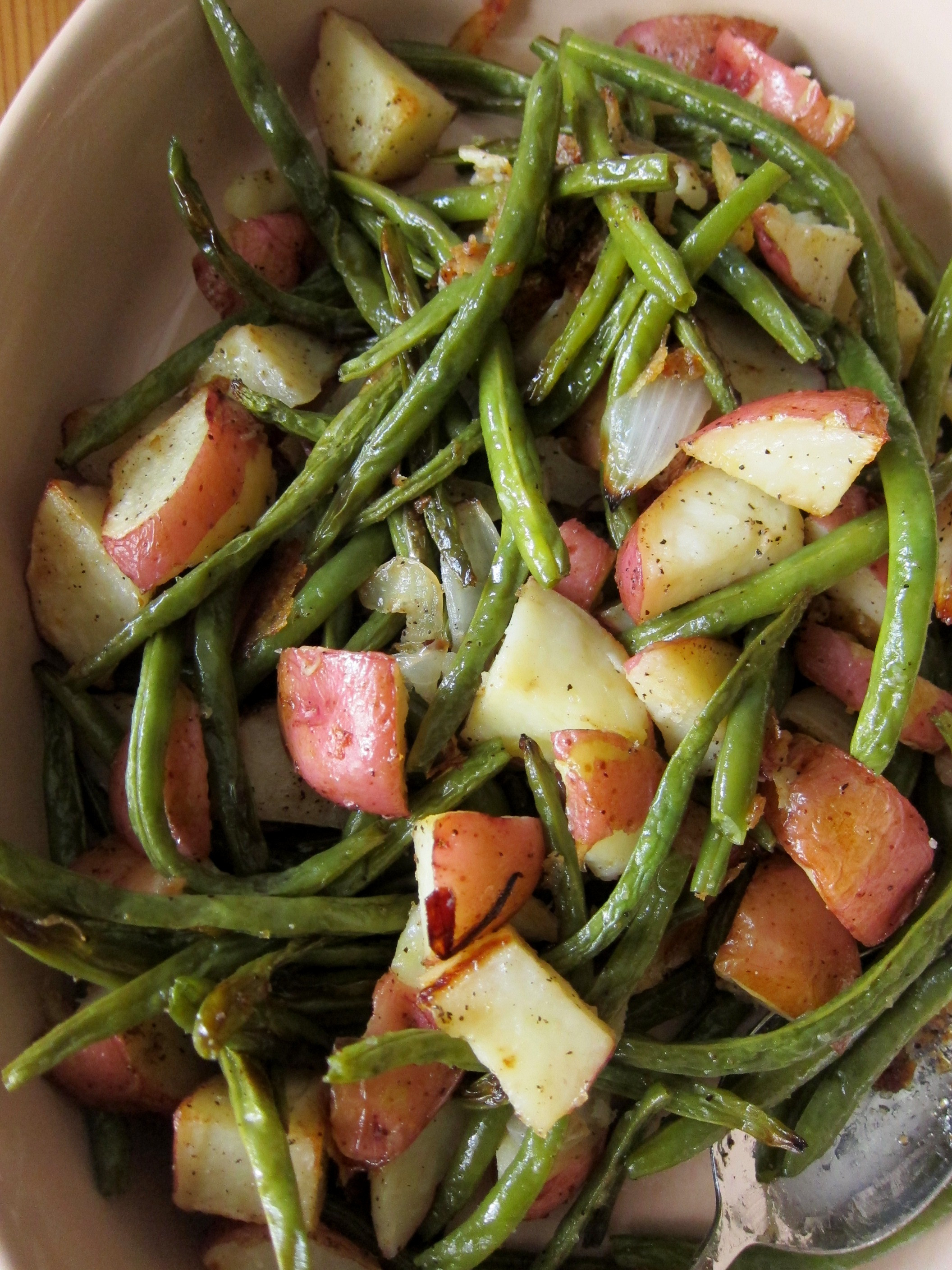 Beans Greens Potatoes  Green Beans Oven Roasted Green Beans And Potatoes