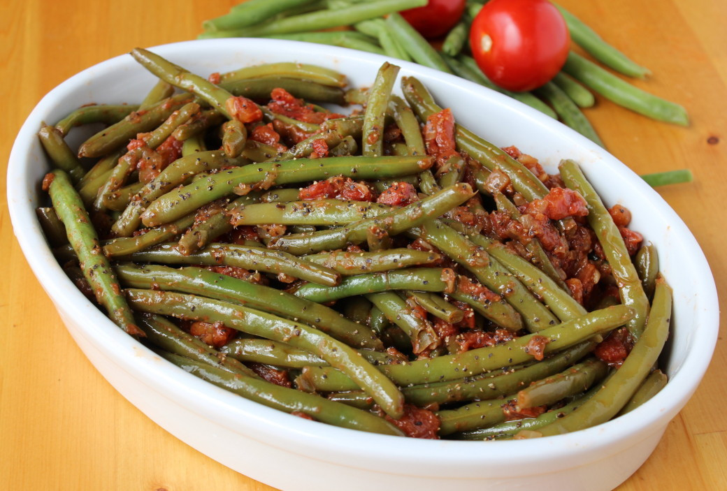 Beans Greens Tomatoes  Braised Green Beans and Tomatoes How To Feed A Loon