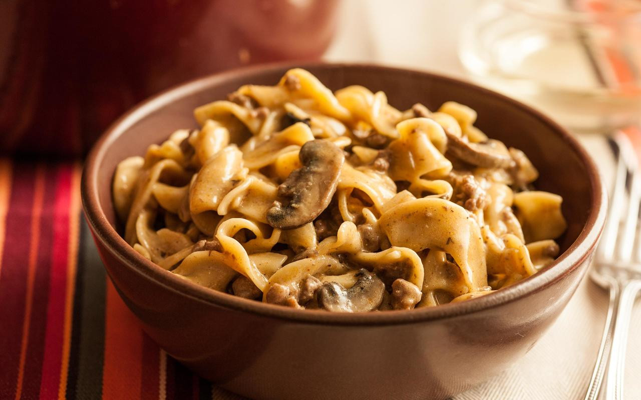 Beef And Egg Noodles  e Pot Beef Stroganoff with Egg Noodles Recipe Chowhound