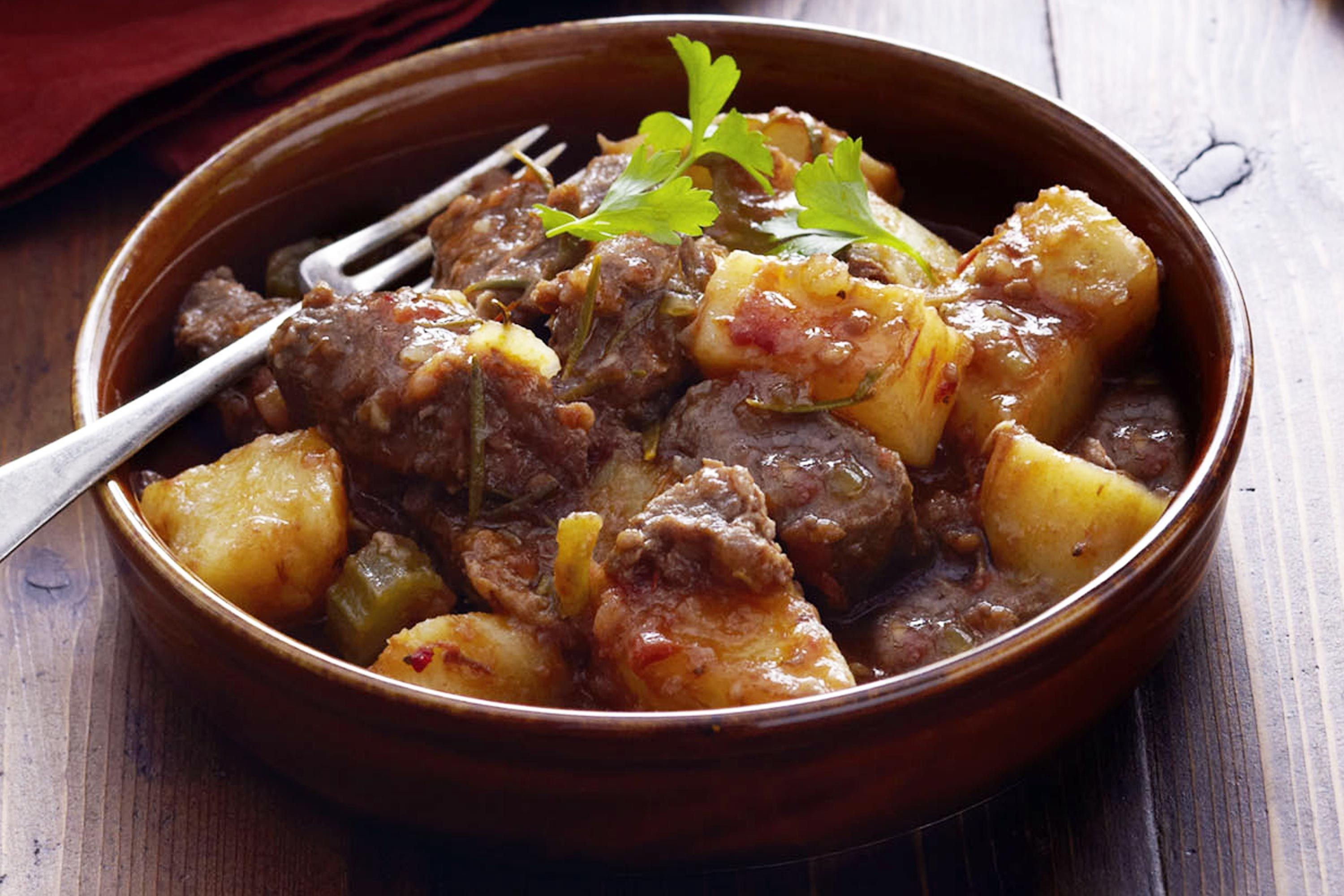 Beef And Potato Stew  tomato beef stew recipes