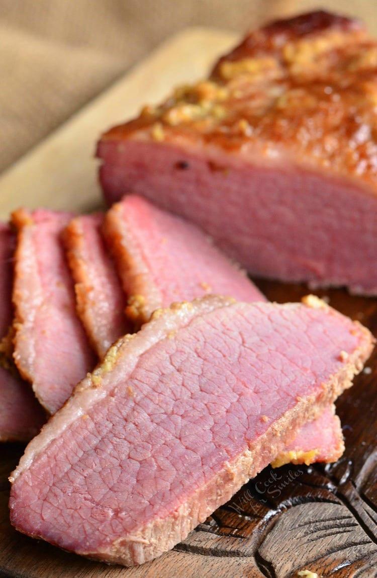 Beef Brisket Recipe Oven  3 Ingre nt Oven Baked Corned Beef Brisket Will Cook