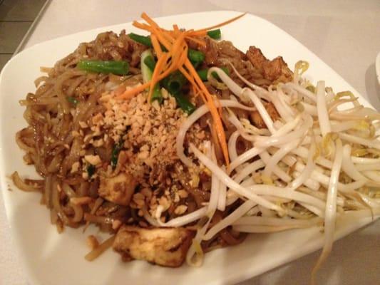Beef Pad Thai  Beef Pad Thai $9