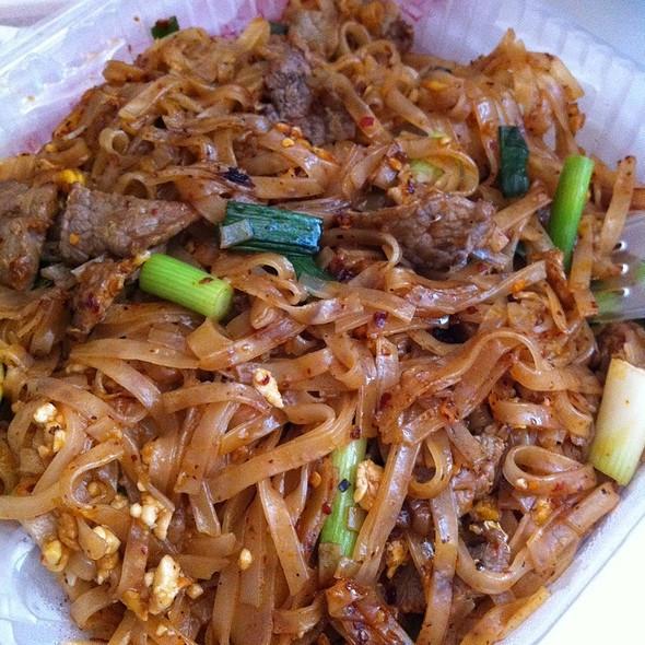 Beef Pad Thai  e san thai cuisine Menu Portland OR Foodspotting