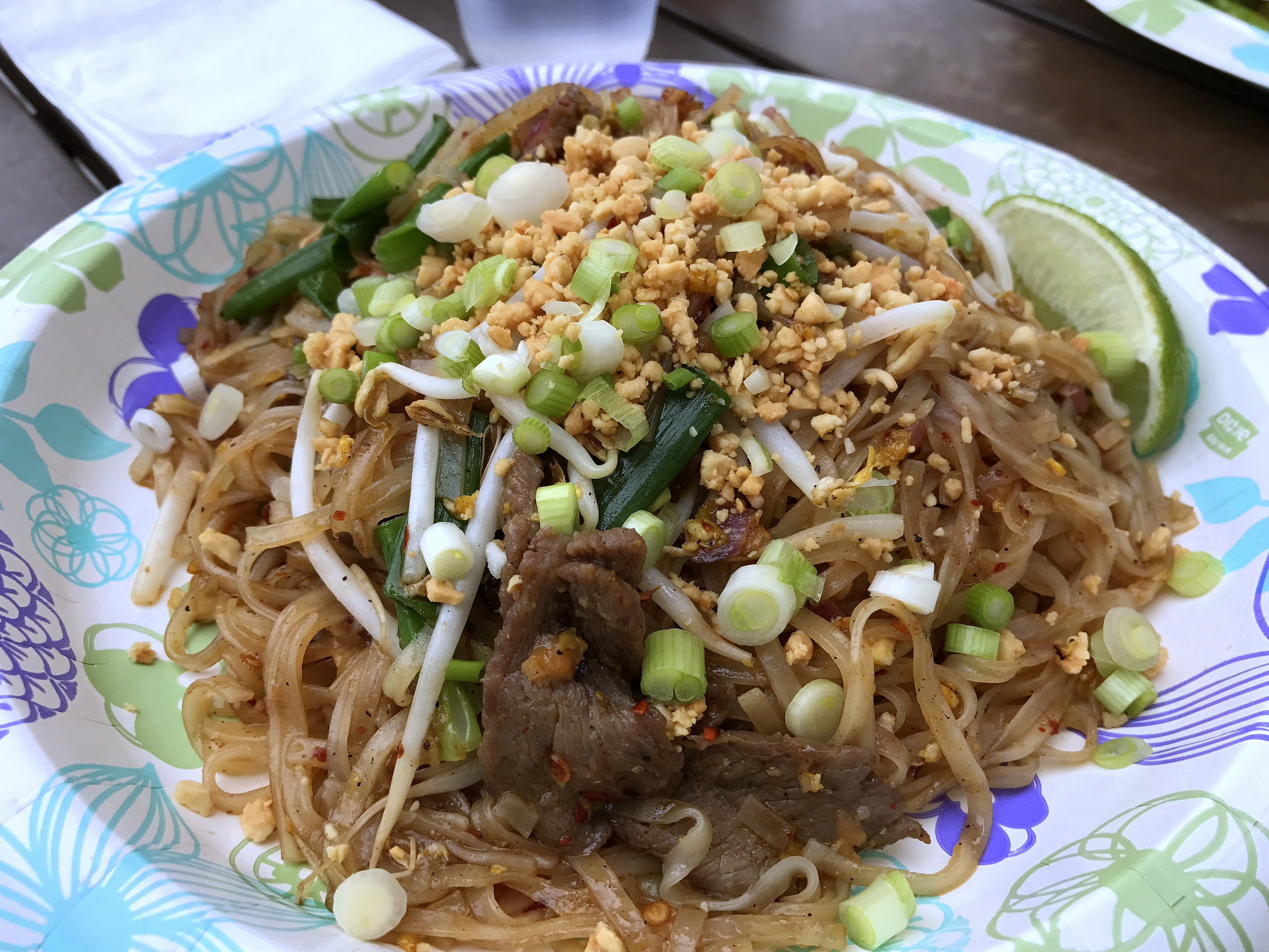 Beef Pad Thai  WORLD FARE A hole in the wall that's not all it's cracked
