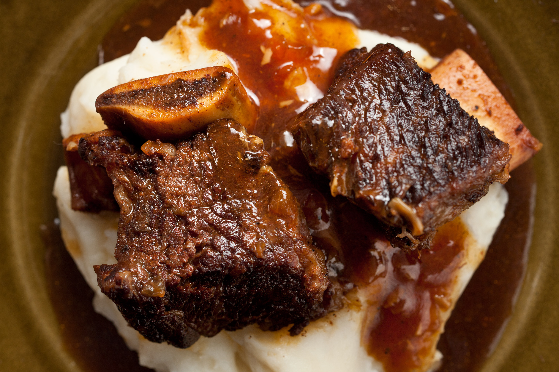 Beef Ribs Recipes  pressure cooker short ribs 3000