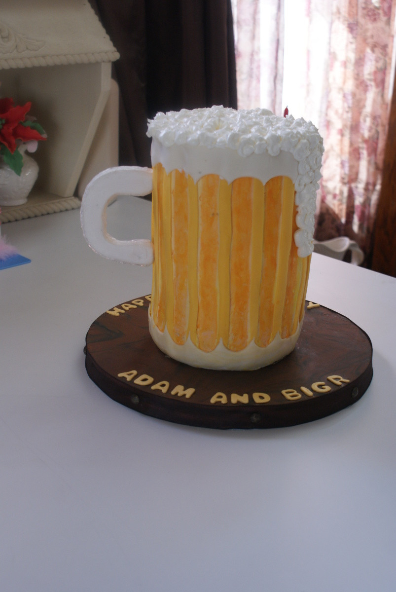 Beer Mug Cake  beer mug cake 002 Cake Decorating munity Cakes We Bake