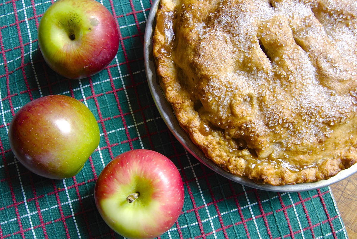Best Apple For Pie  The very best pie apples Flourish King Arthur Flour