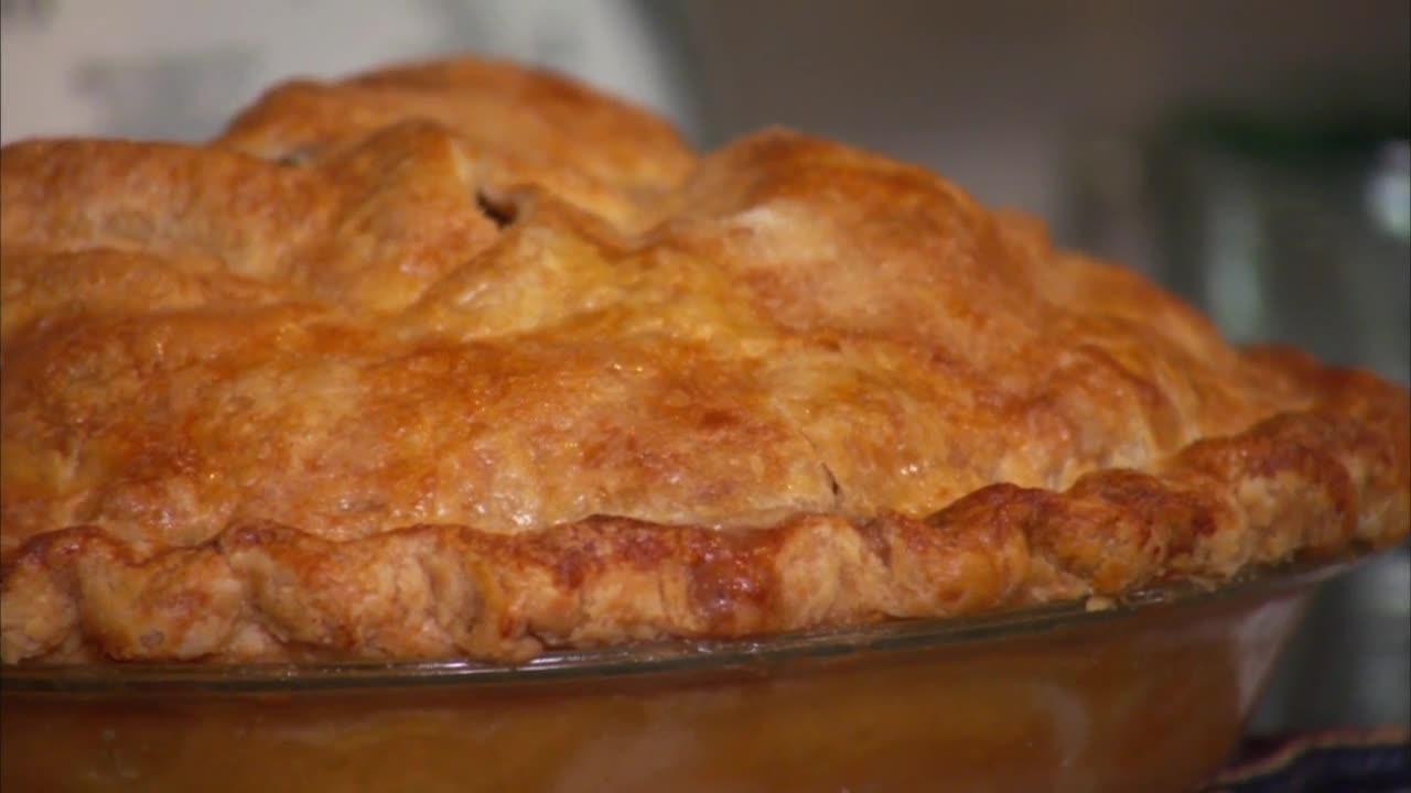 Best Apples For Apple Pie Martha Stewart  Classic Apple Pie Video