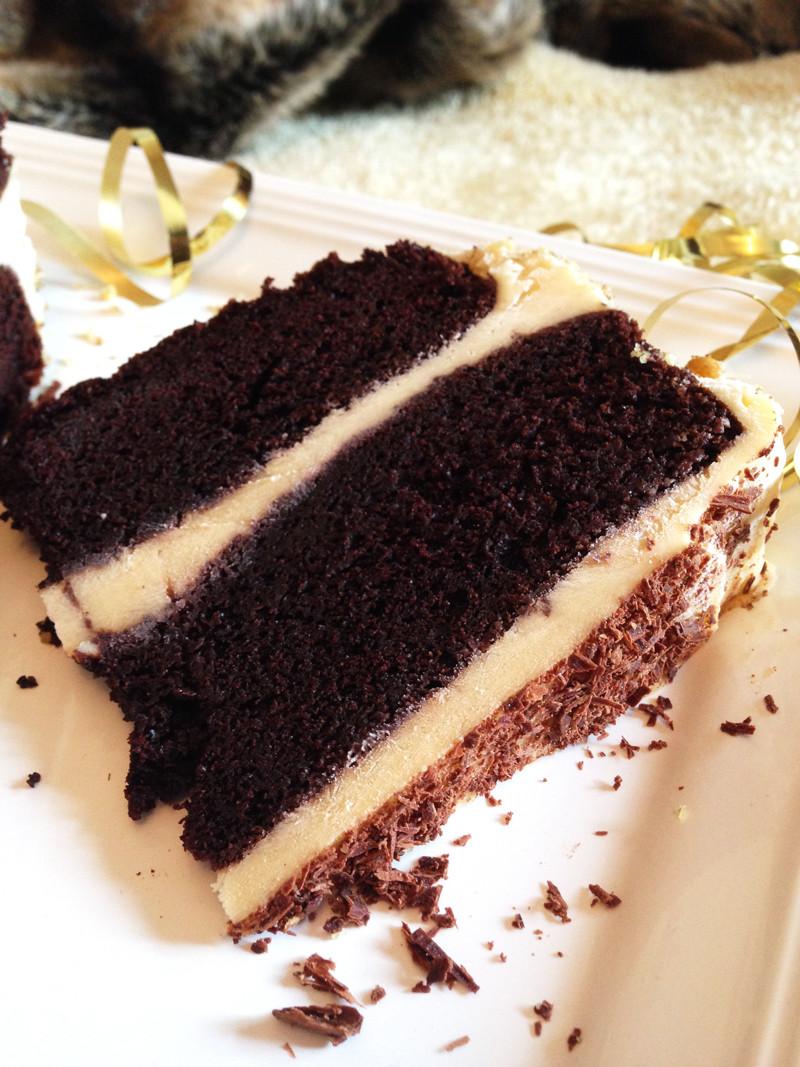 Best Chocolate Cake The Best Chocolate Cake With Vanilla Cream Ferrero