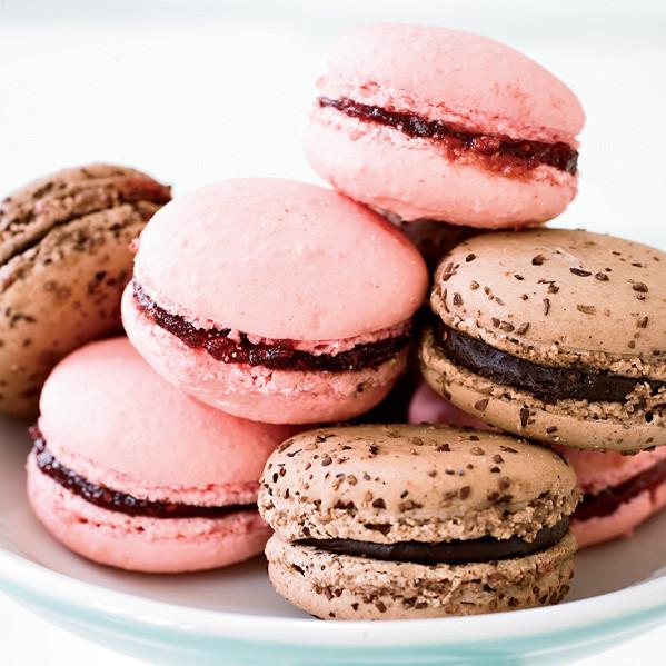 Best French Desserts  Raspberry Macarons Recipe François Payard