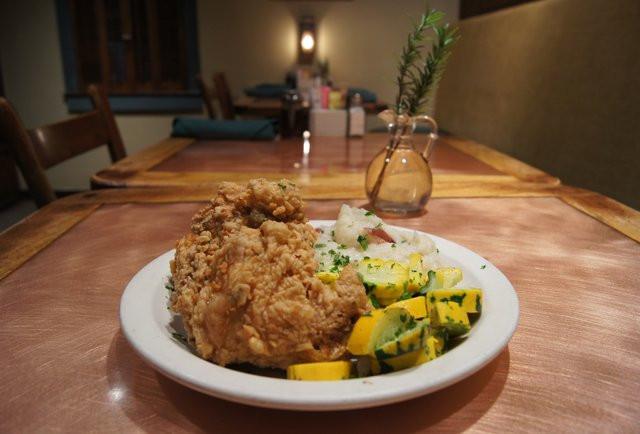 Best Fried Chicken In Dallas  Best Fried Chicken in Dallas Thrillist Dallas
