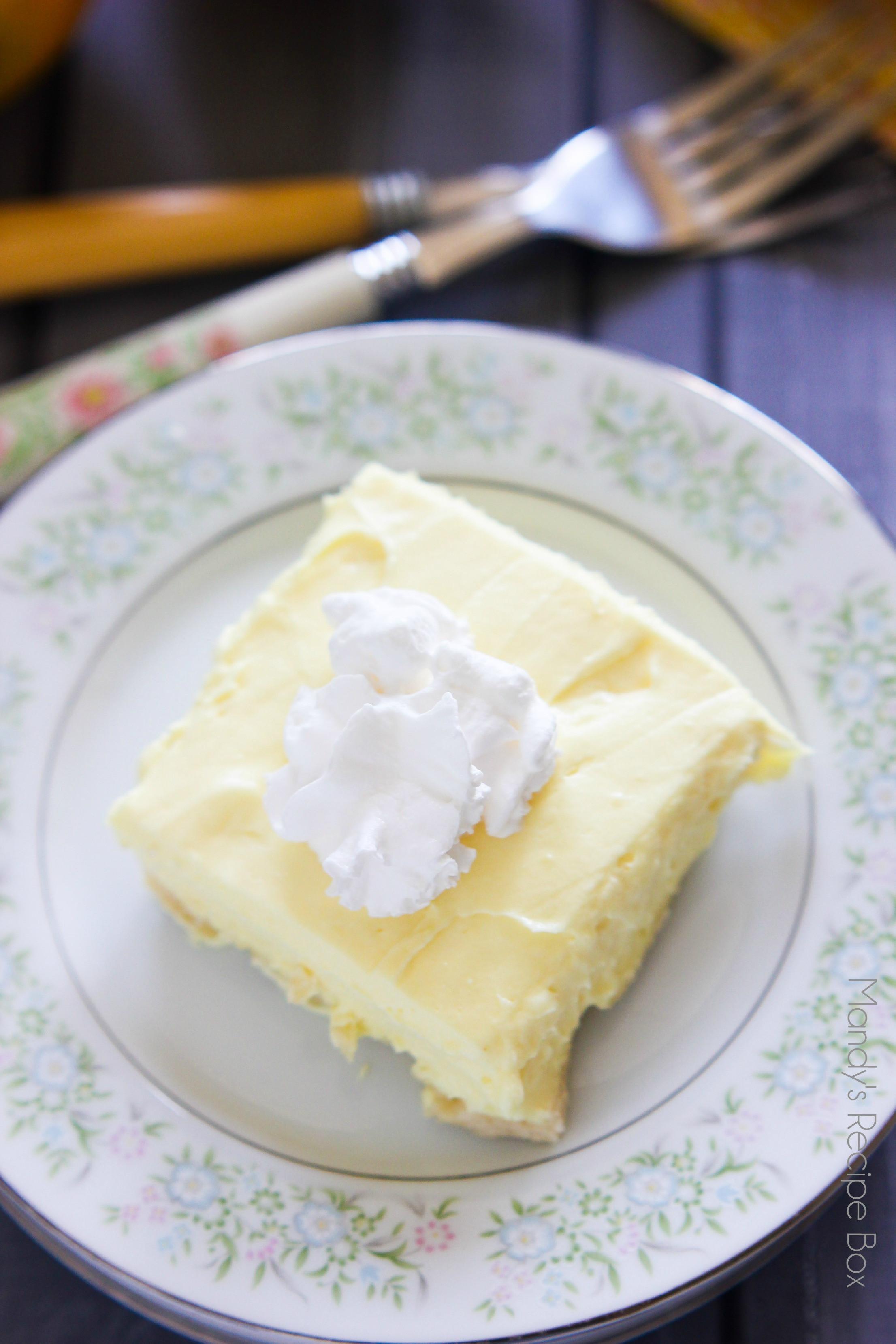 Best Lemon Desserts  Lemon Fluff Dessert