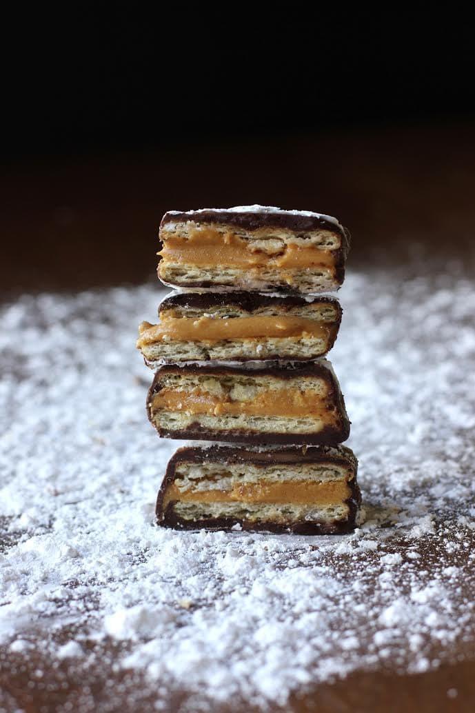 Best Peanut Butter Dessert  CHOCOLATE PEANUT BUTTER CRACKER SANDWICHES RECIPE