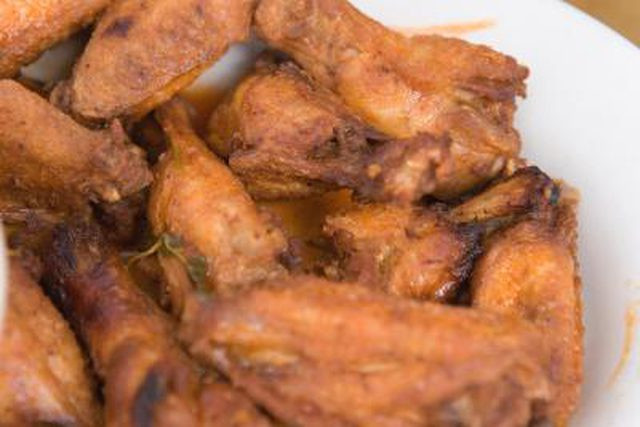Best Way To Cook Chicken Wings  The Best Ways to Cook Hot Chicken Wings for a Crowd