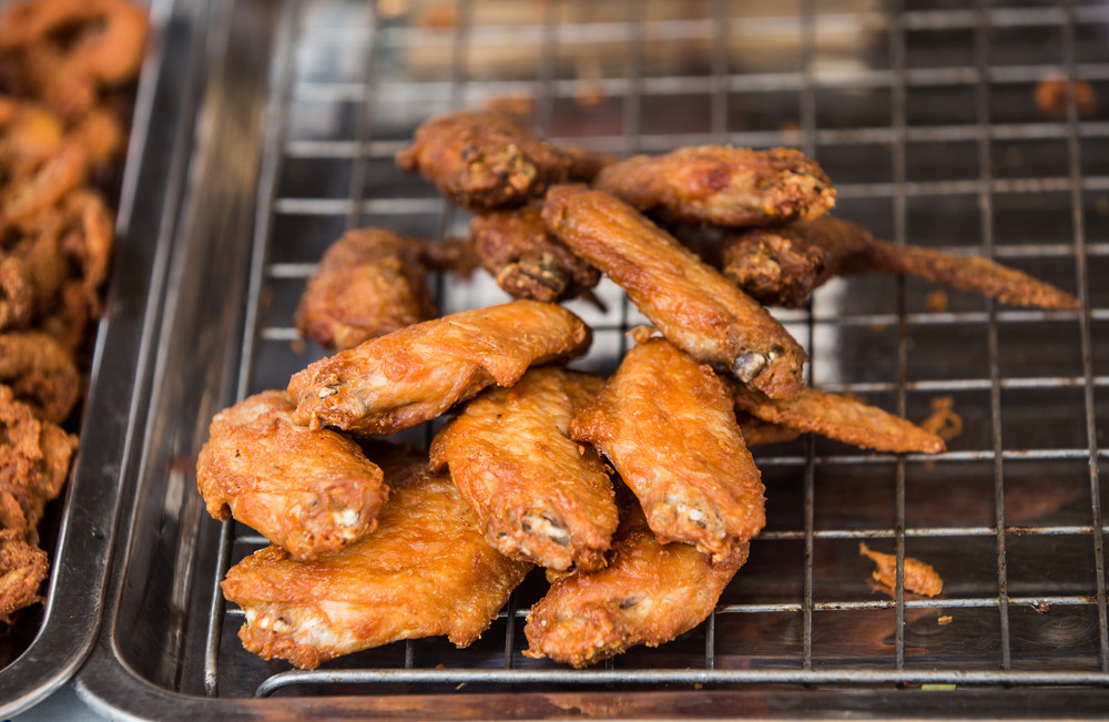 Best Way To Reheat Chicken Wings  How To Reheat Chicken Wings The Best Way Tips Tricks