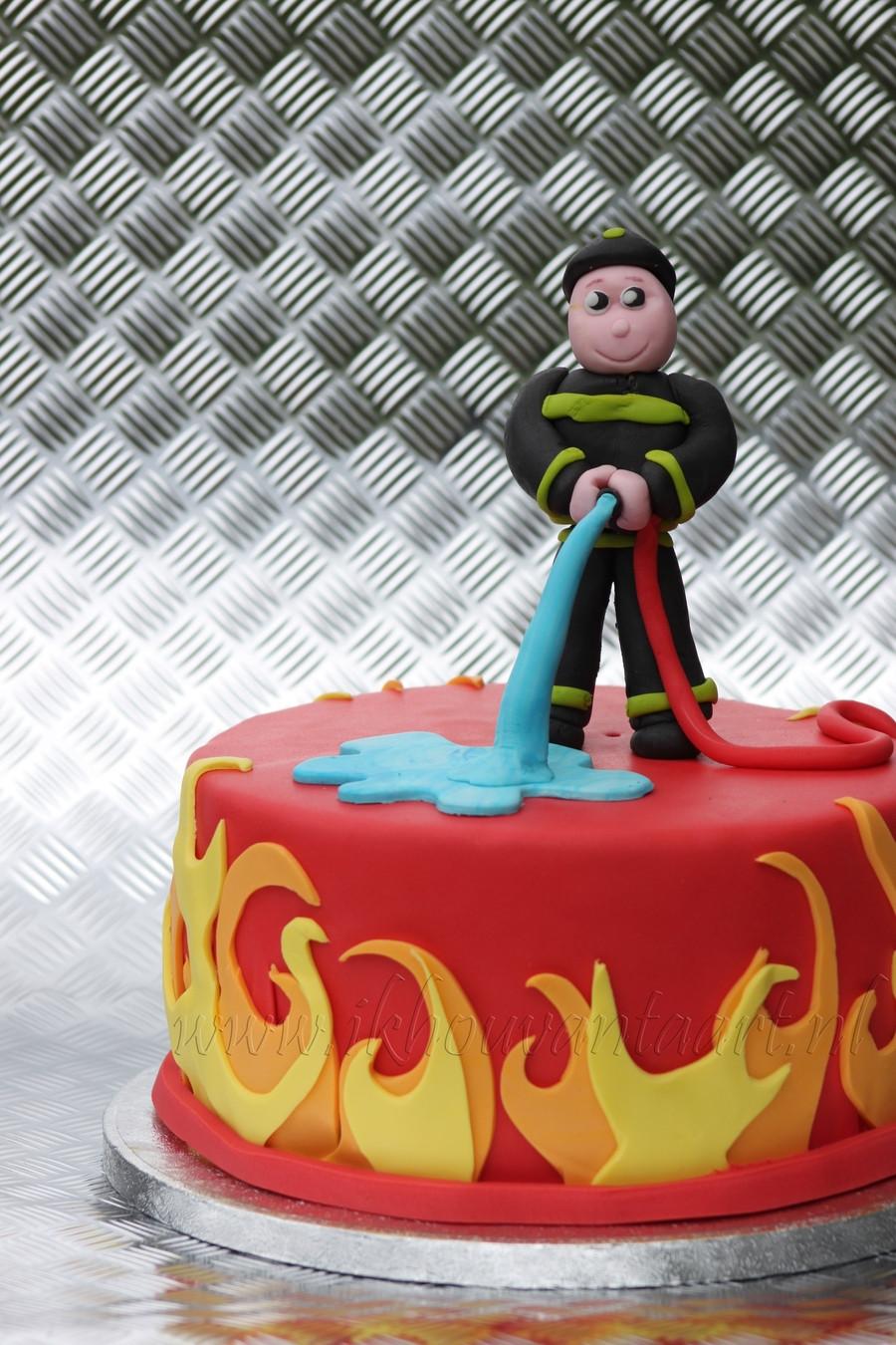 Birthday Cake Fire  Fireman Cake CakeCentral