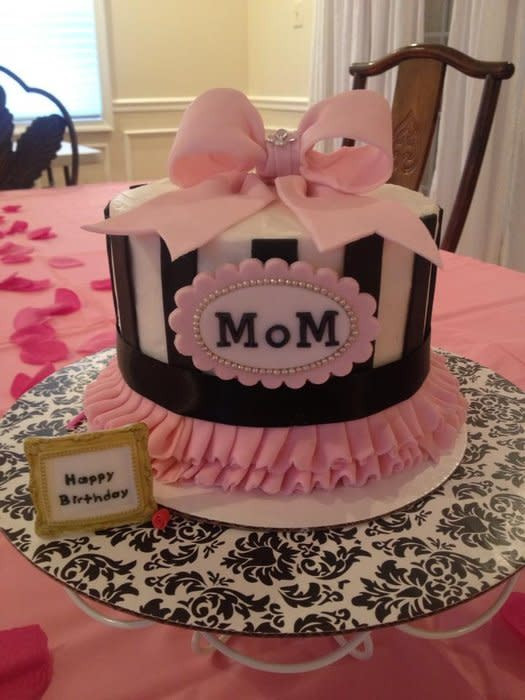 Birthday Cake For Mom  Mom s Birthday cake cake by DeliciousCreations CakesDecor
