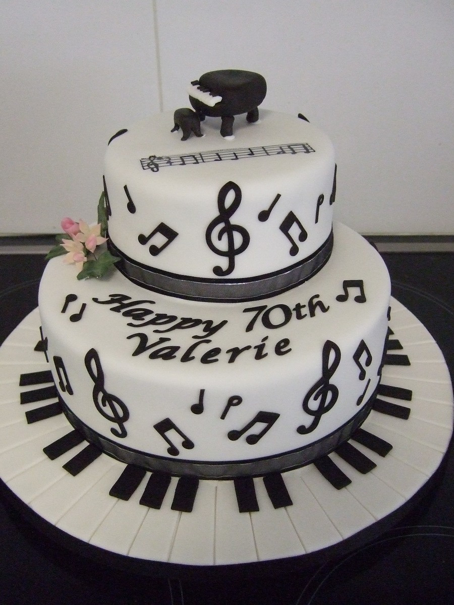 Birthday Cake Song  Music Note Cake CakeCentral