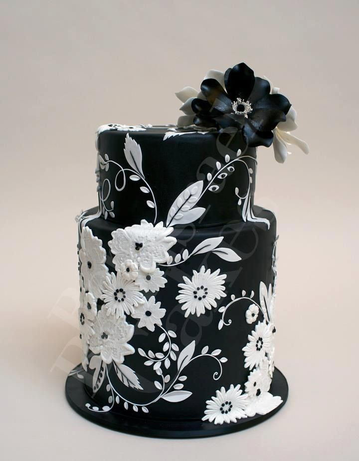Black And White Cake  Super Cool and Stunning Black Cakes Page 10 of 37