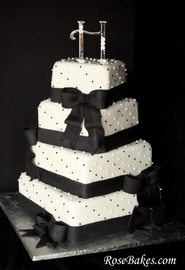 Black And White Cake  My Wedding Dream Black And White Wedding Cakes