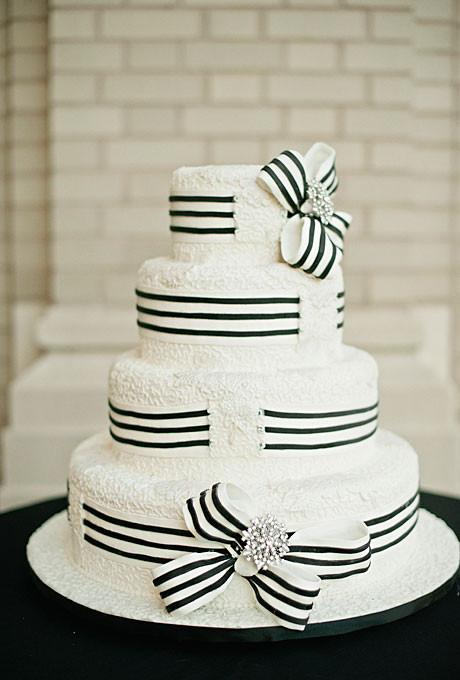 Black And White Cake  Black and White Ribbon Wedding Cake