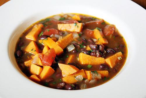 Black Bean Sweet Potato Chili  meatless monday black bean & sweet potato chili Girl