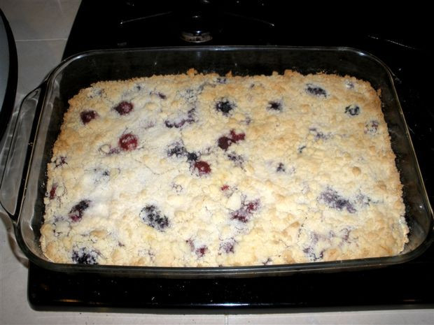 Blackberry Cobbler With Cake Mix  Easy Three Ingre nt Berry Cobbler