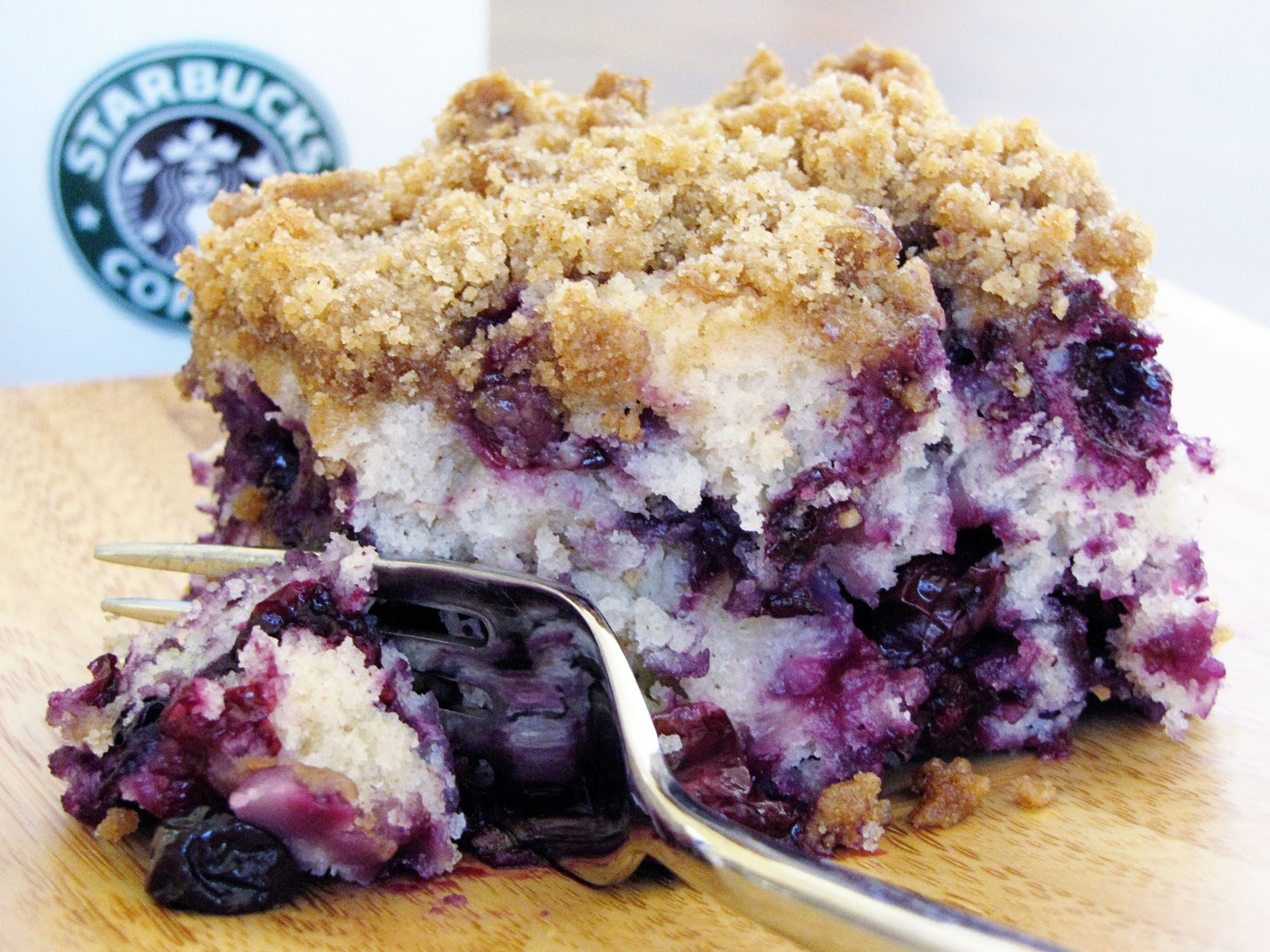 Blueberry Coffee Cake  blueberry crumble coffee cake