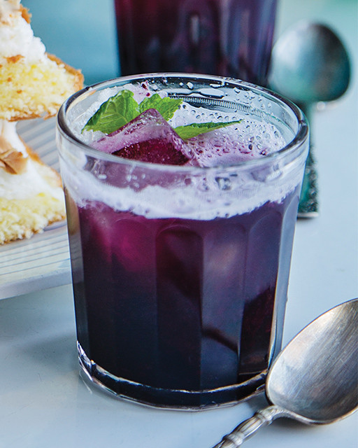 Blueberry Vodka Drinks  Blueberry Crush Cocktail