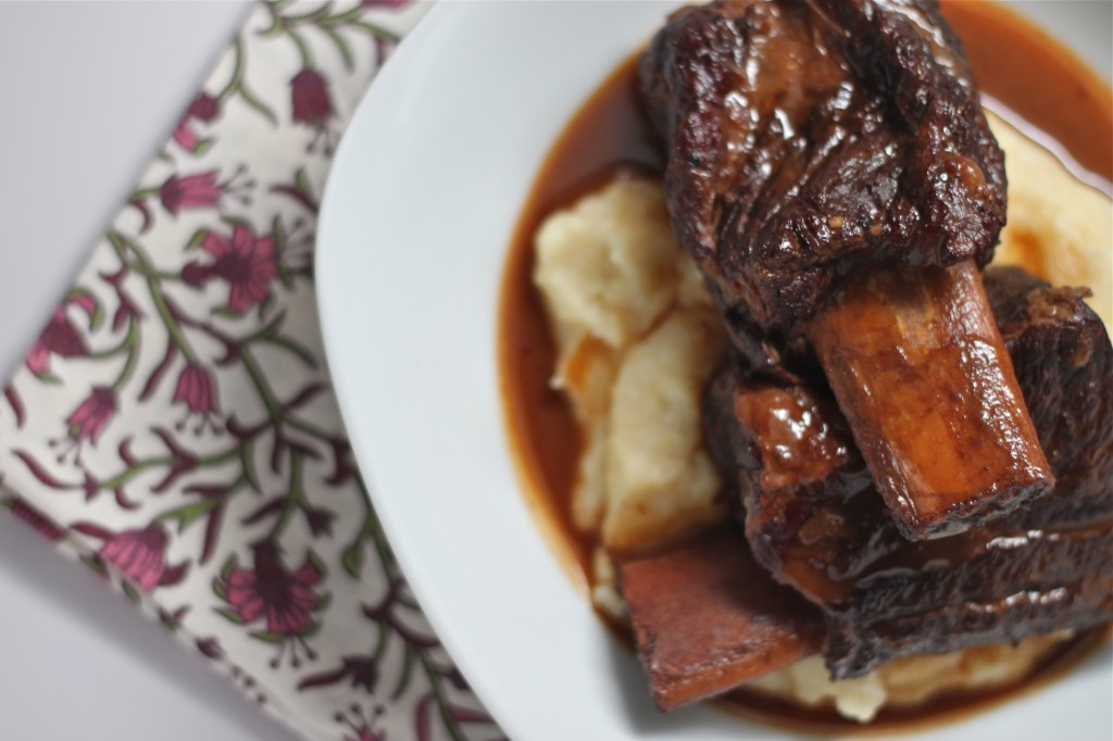 Bone In Beef Short Ribs Slow Cooker  Slow Cooker Beef Short Ribs