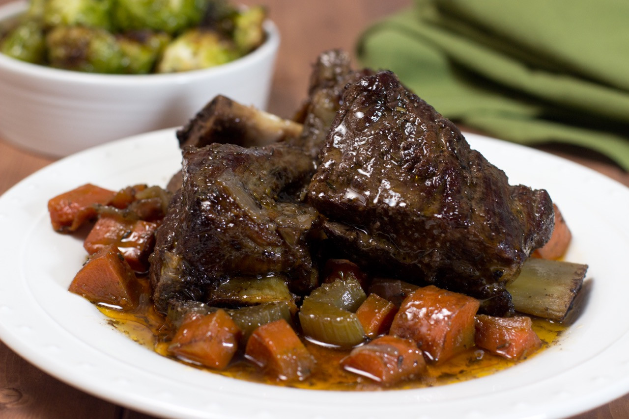 Bone In Beef Short Ribs Slow Cooker  Slow Cooker Braised Short Ribs
