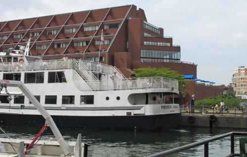 Boston Harbor Dinner Cruises  Boston Harbor Cruises Sightseeing Dinner